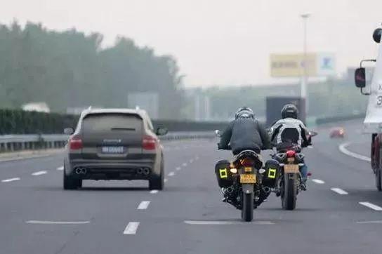 """9月起,摩托车可以上高速,""""禁摩令""""有望解除,电动车行业将迎来重大利好!"""