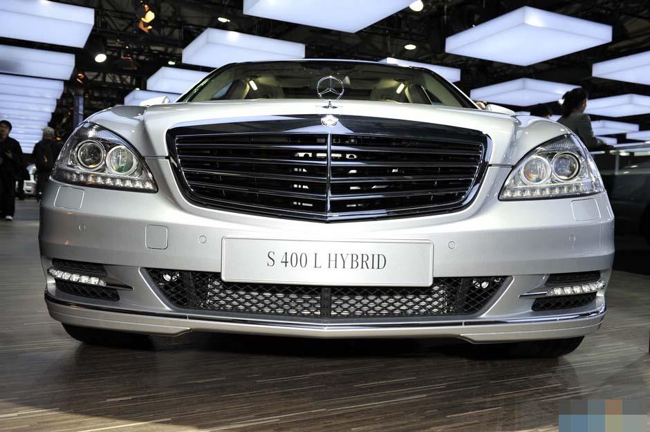 奔驰电动汽车-奔驰S 400L混合动力汽车